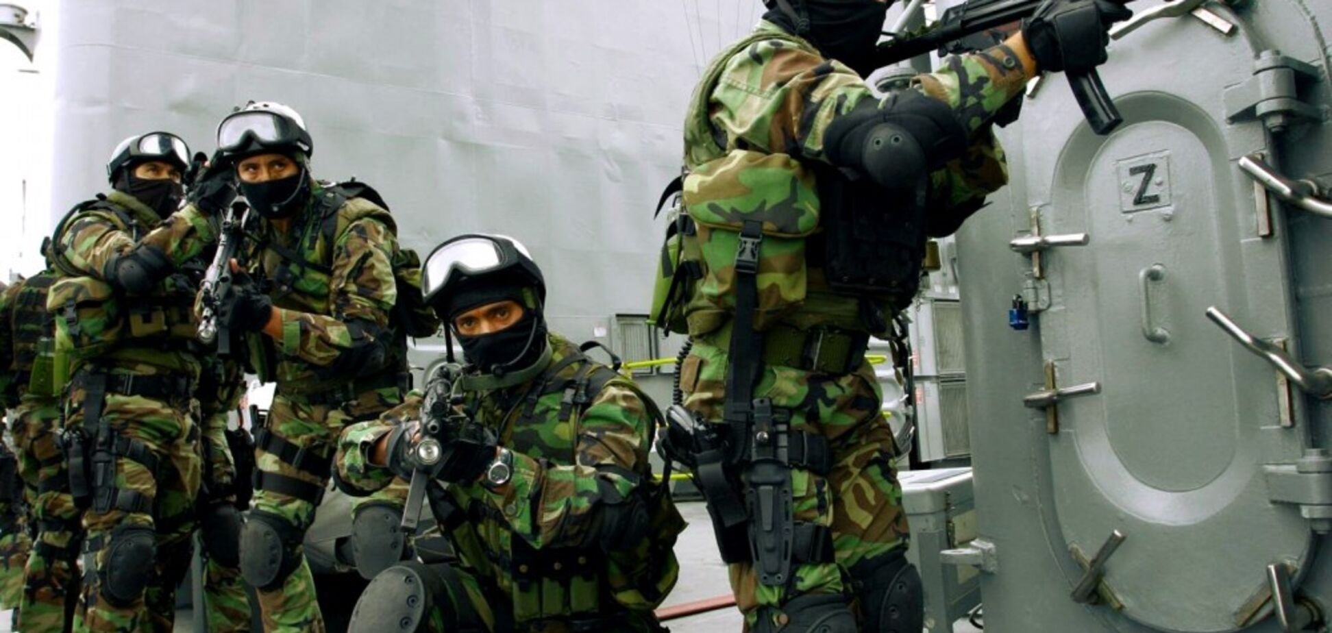 'Фабрики' наемников: где в России готовят террористов
