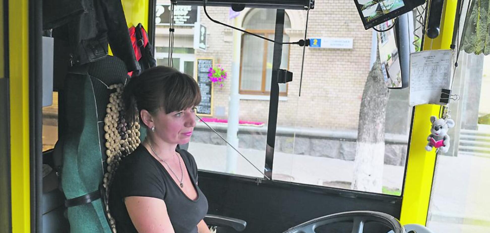 Камерыначали следить за водителями во львовских трамваях