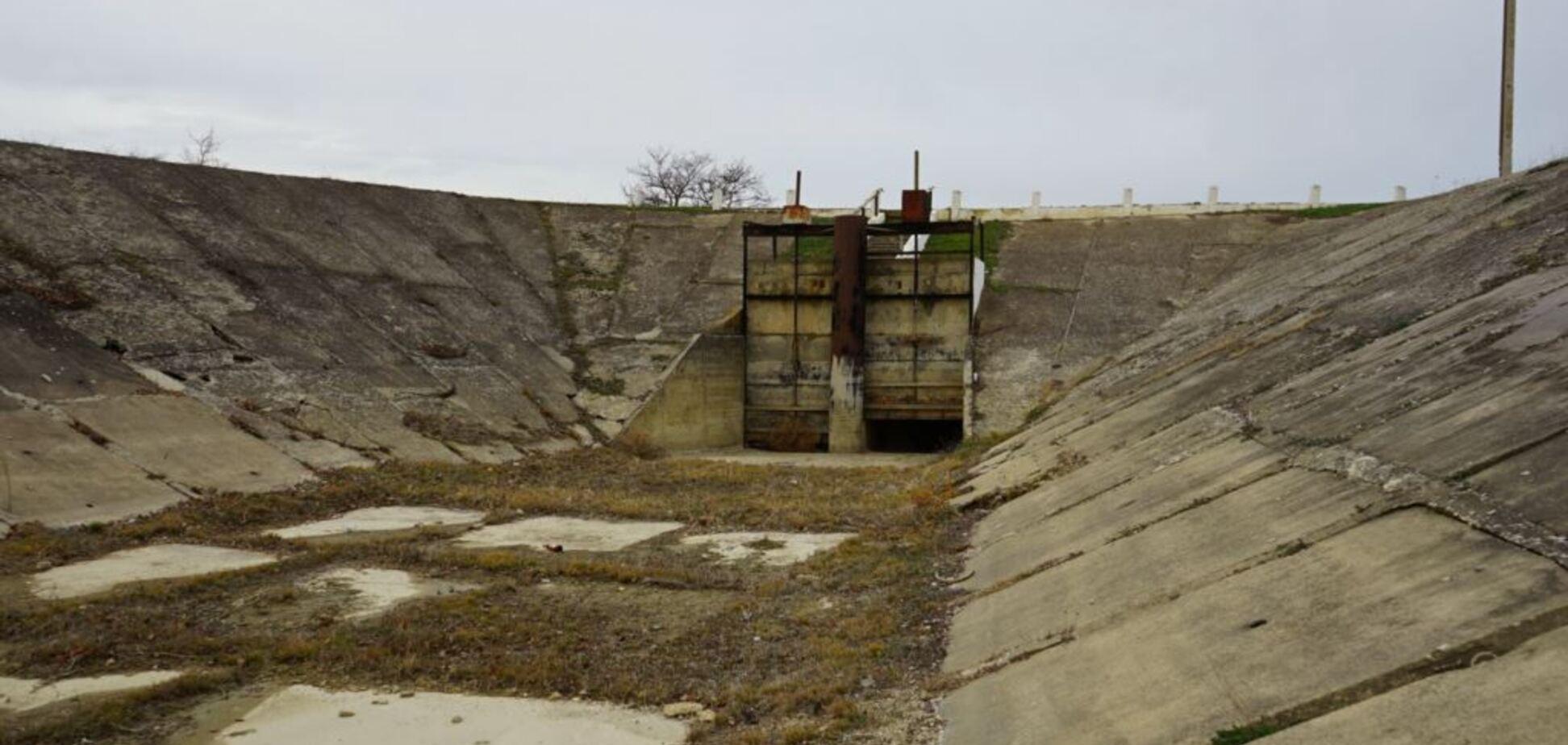 Решения проблемы нет: оккупанты исчерпали ресурс воды в Крыму