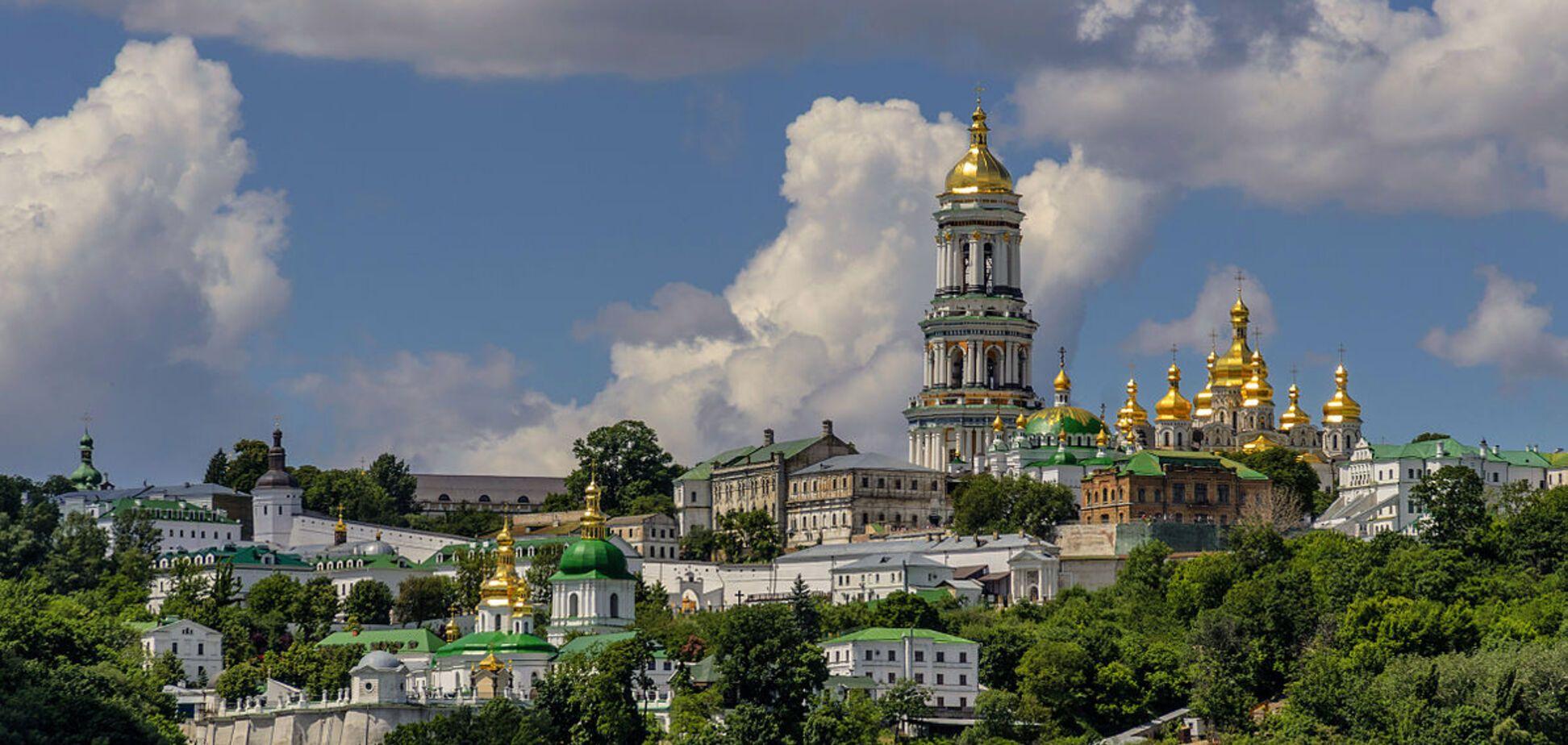 Патріарх Філарет заявив про передачу Києво-Печерської та Почаївської лавр Українській церкві