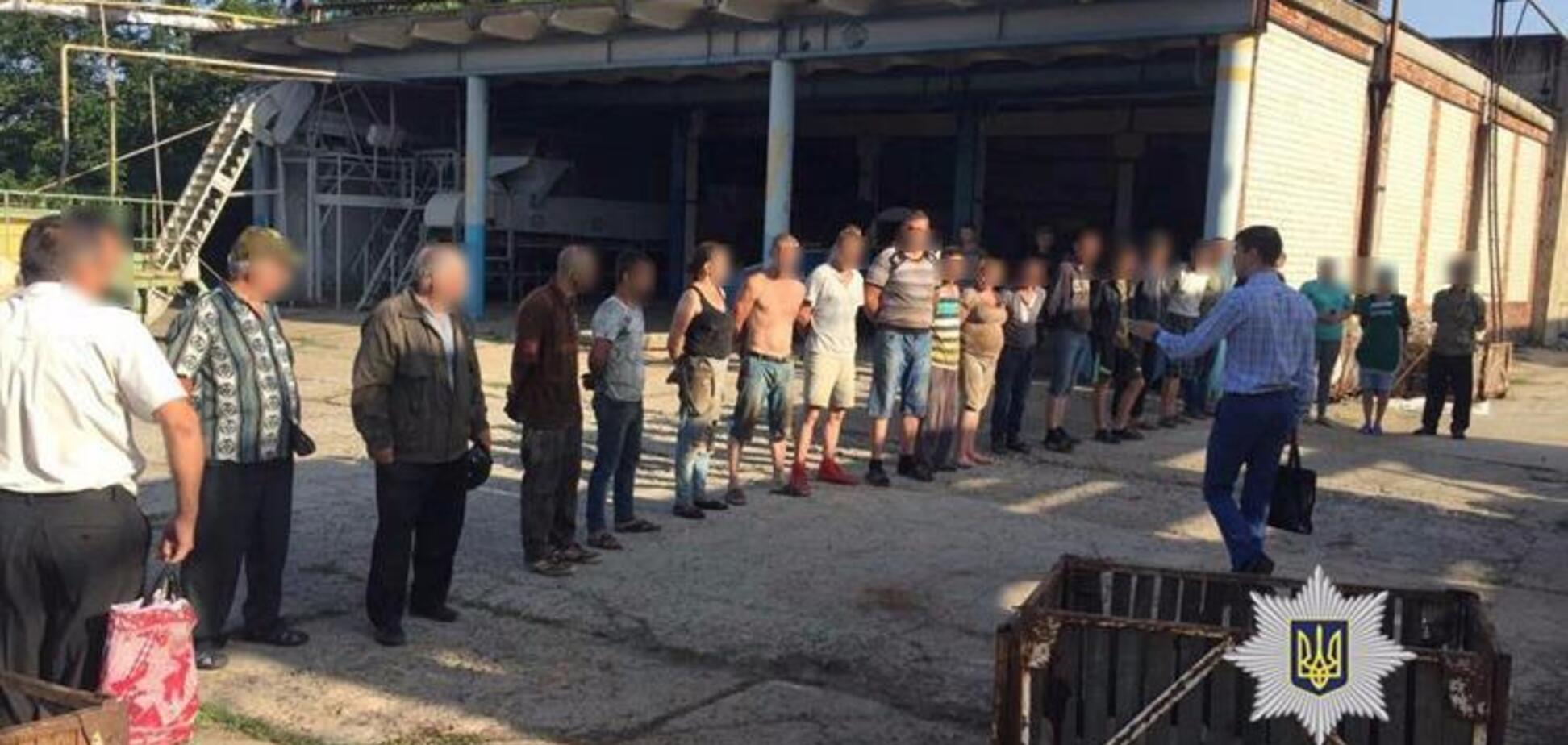 'Причетна до керівництва': хто тримав десятки 'рабів' на Одещині