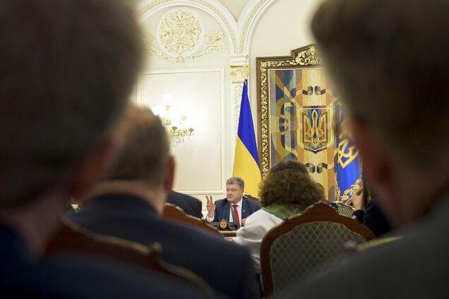 Петро Порошенко і делегація політики і безпеки ЄС