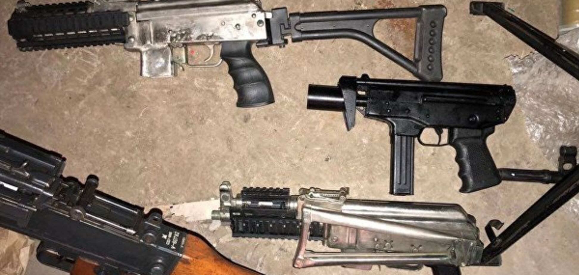 Продають навіть ПЗРК: Україну заполонила нелегальна зброя