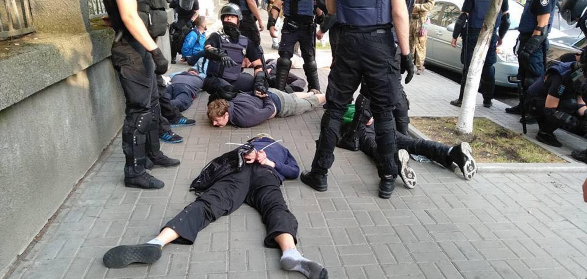 Беспорядки вокруг ЛГБТ в Киеве: блогер объяснил, почему это спектакль