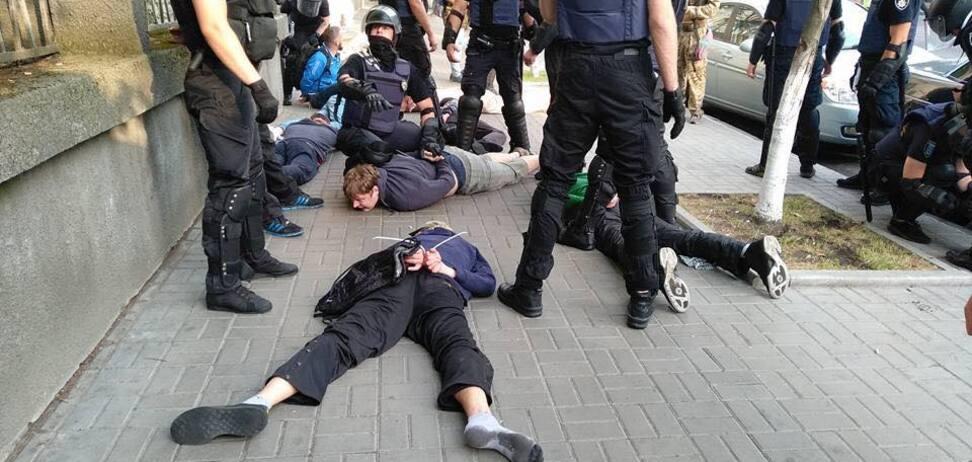 Заворушення навколо ЛГБТ в Києві: блогер пояснив, чому це спектакль