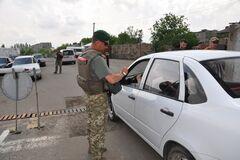 'Спаліть паспорт': українець з георгіївською стрічкою нарвався на проблеми