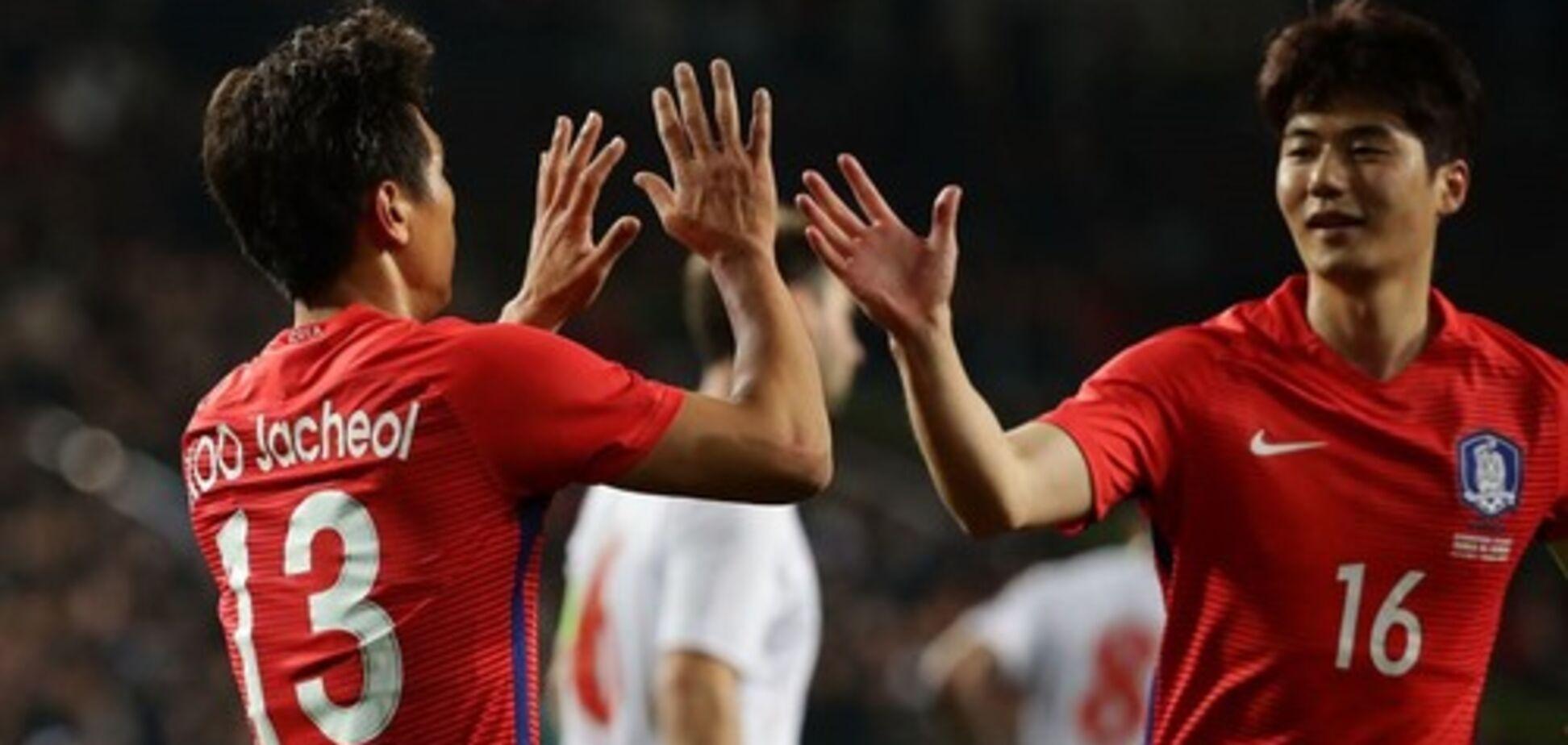Корейські футболісти помінялися майками на ЧС, щоб заплутати шведів