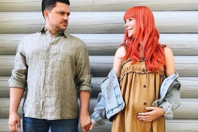 Беременная Тарабарова показала милое фото с мужем