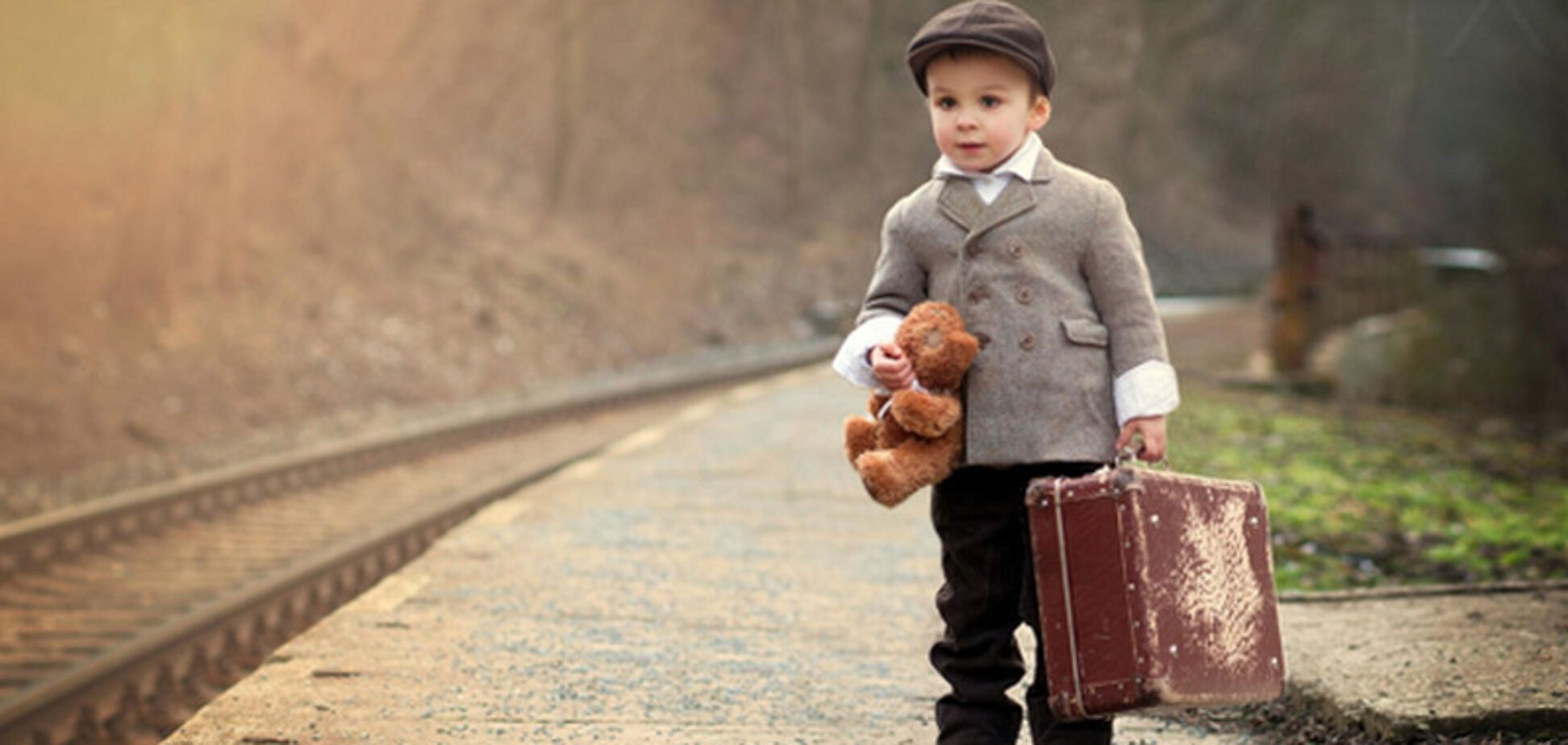 В Украине введут новые правила вывоза детей за границу: что изменится