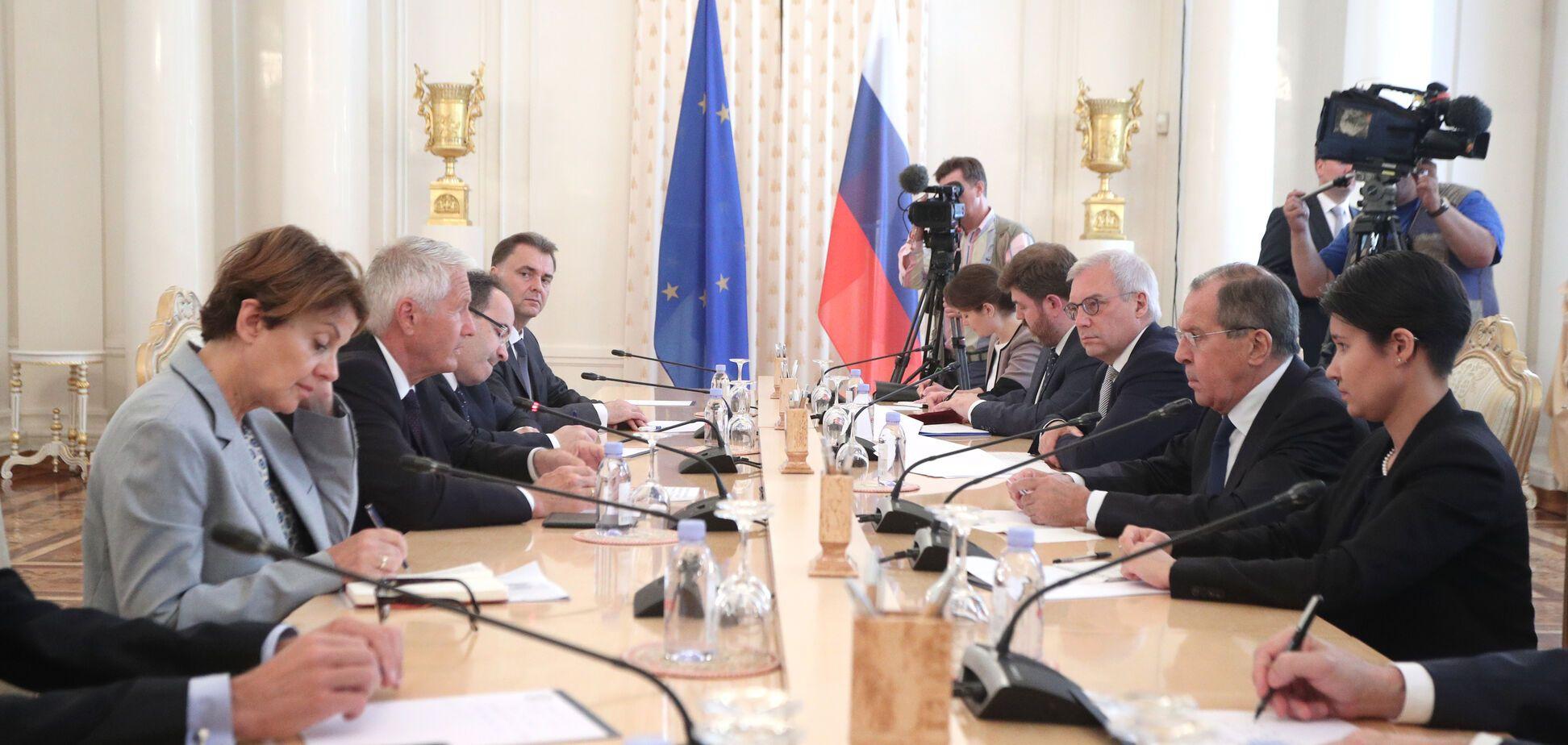 'НАТО, введи війська?' Лавров поскаржився Європі на утиски російськомовних в Україні