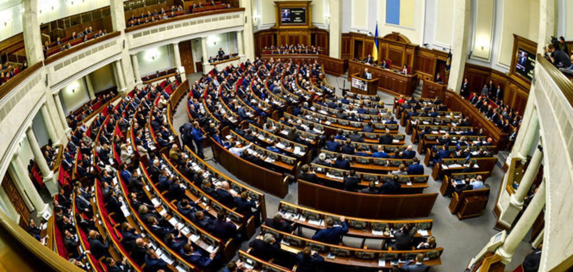 ''Будет анархия'': названа опасность нового ''диктаторского закона'' в Украине
