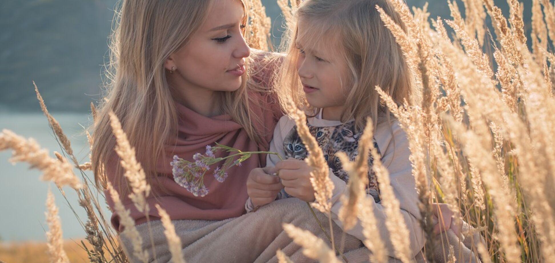 Мама и дочка: как не воспитать в ребенке нелюбовь к себе