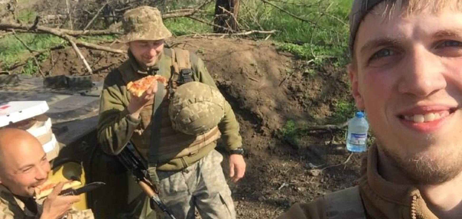 'Они прозревают!' На Донбассе устроили сюрприз для бойцов на передовой