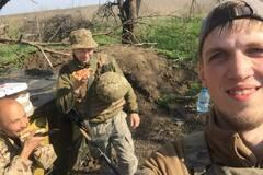 'Вони прозрівають!' На Донбасі влаштували сюрприз для бійців на передовій