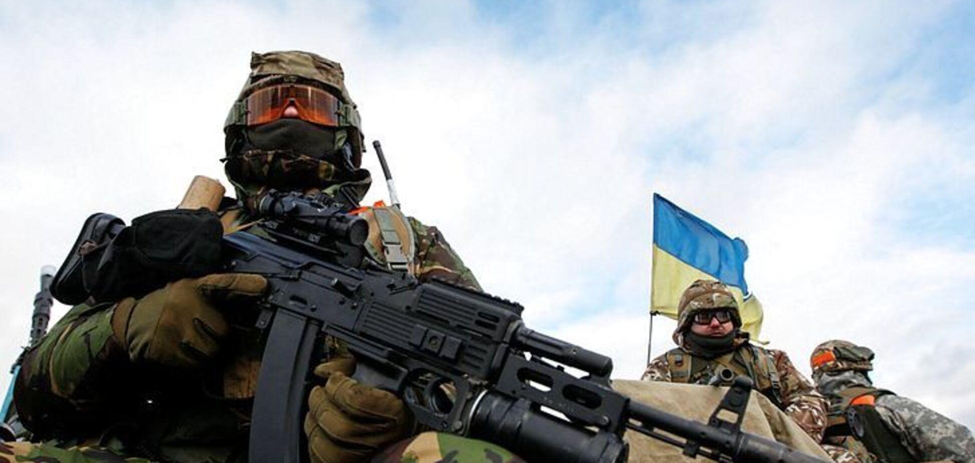 Появилось мощное фото ночного боя на Донбассе