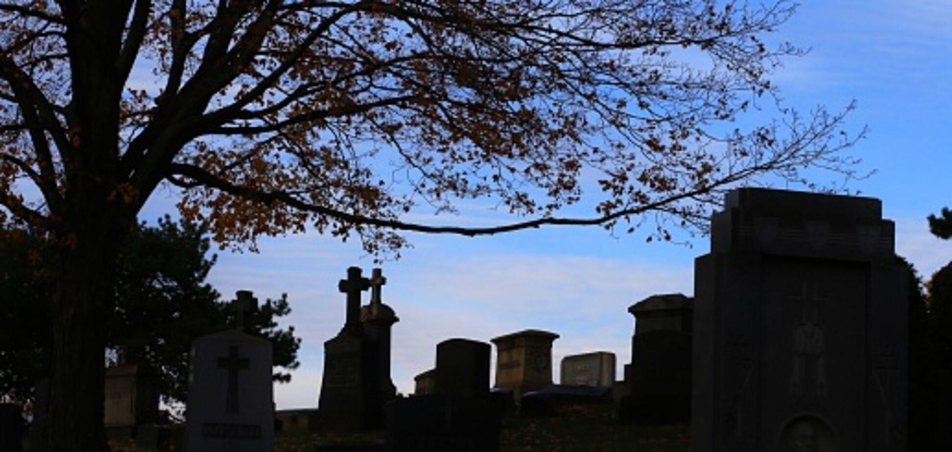 Коллапс с похоронами в Украине: все об ужасах новых правил