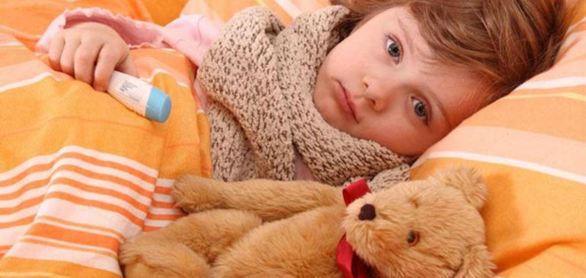 'Рука-нога-рот', или Как лечить ребенка с вирусом Коксаки
