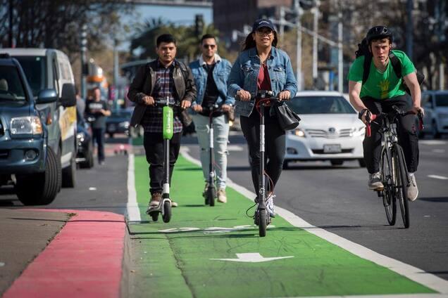 d9397618 Бери, когда хочешь: в США скутеры заменили общественный транспорт ...