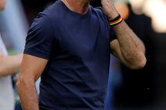 Стало известно, как поступили с тренером сборной Германии после провала на ЧМ-2018