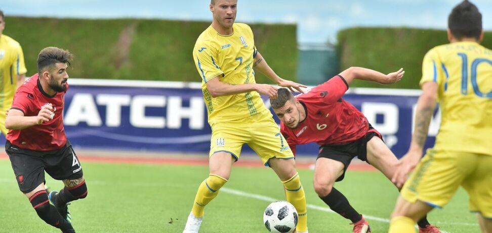 Сборная Украины по футболу добыла разгромную победу