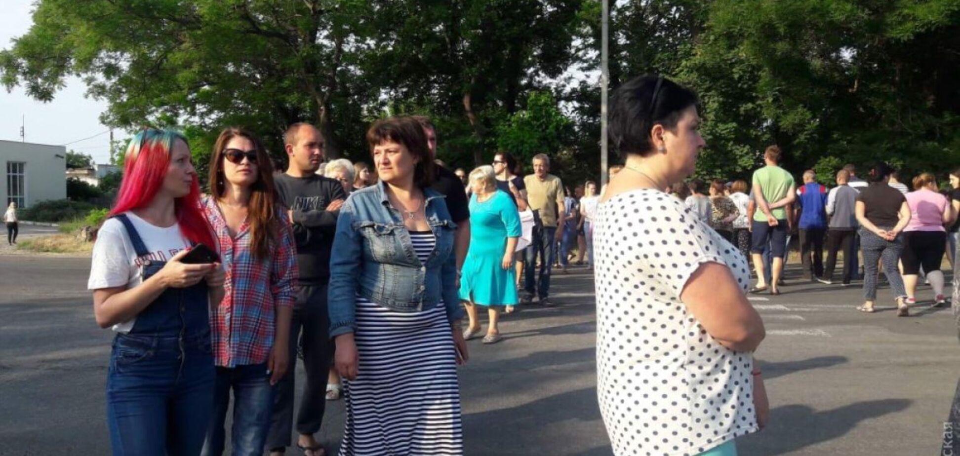 Жуткое ДТП в Одессе: люди заблокировали 'дорогу смерти'