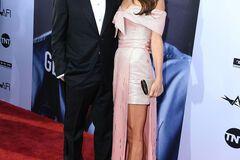 Дружина Джорджа Клуні підкорила красою в плаття від Prada