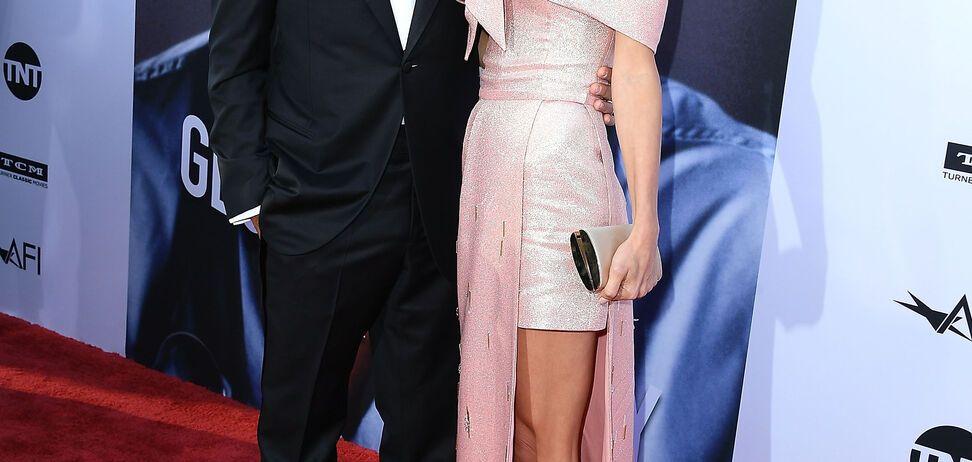Жена Джорджа Клуни покорила красотой в платье от Prada