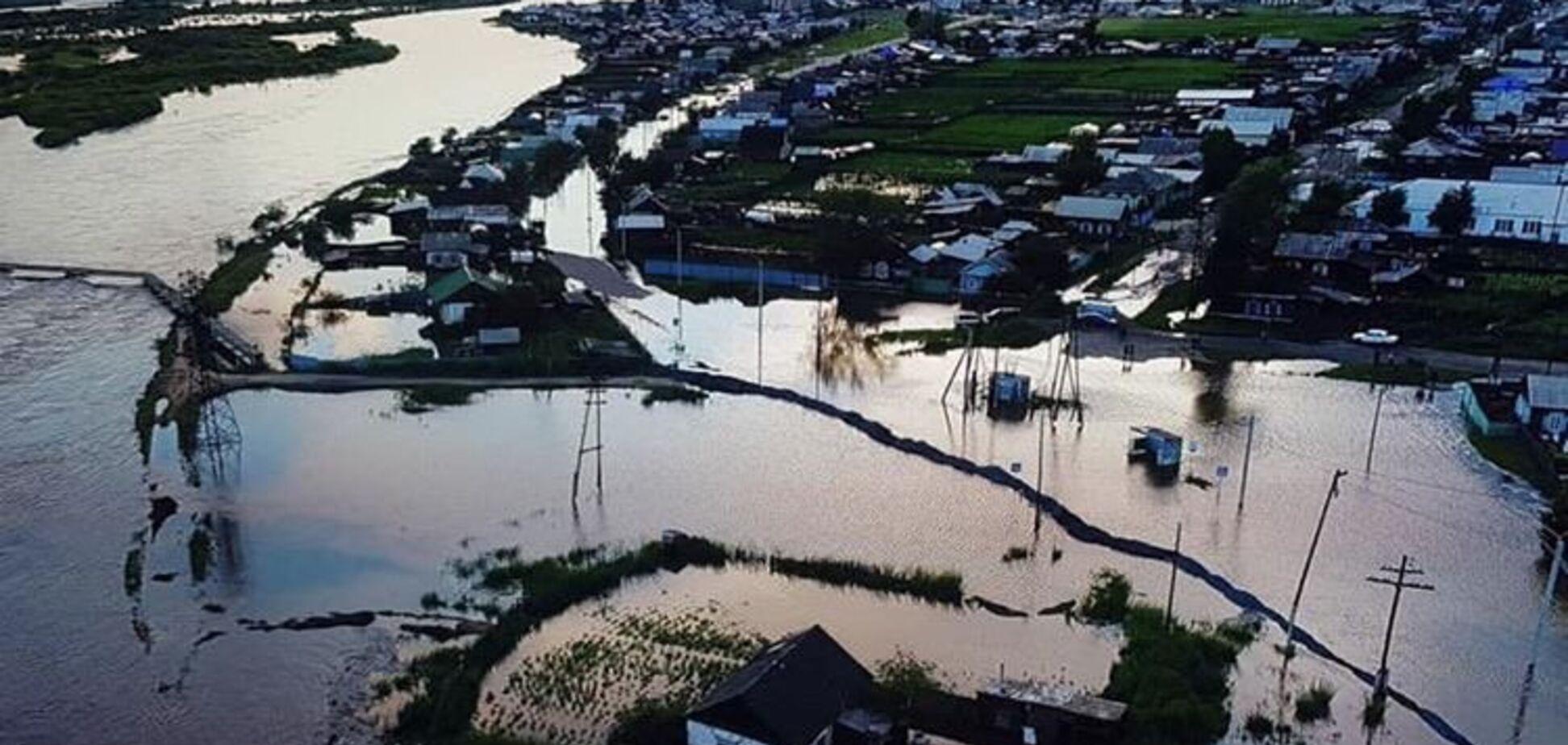 Прийшов апокаліпсис: у Росії затопило ціле місто. З'явилося відео