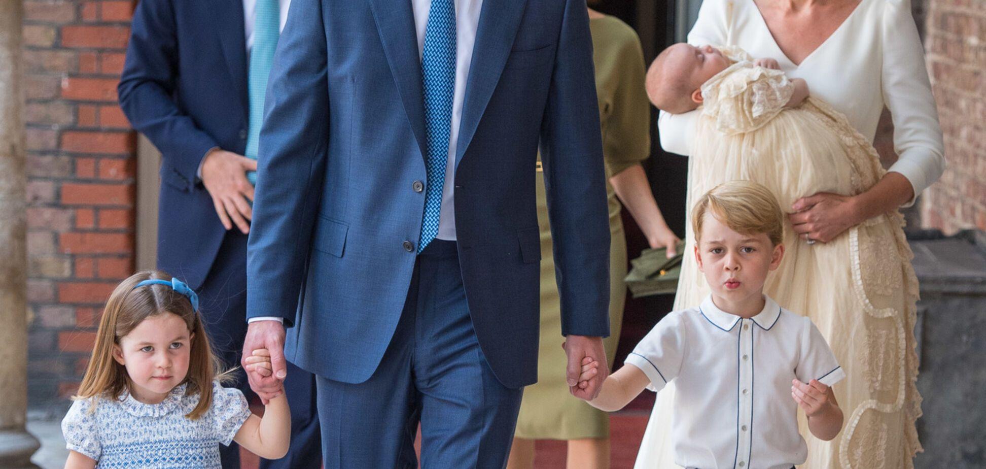 Принц Джордж и принцесса Шарлотта вызвали у британской публики восторг