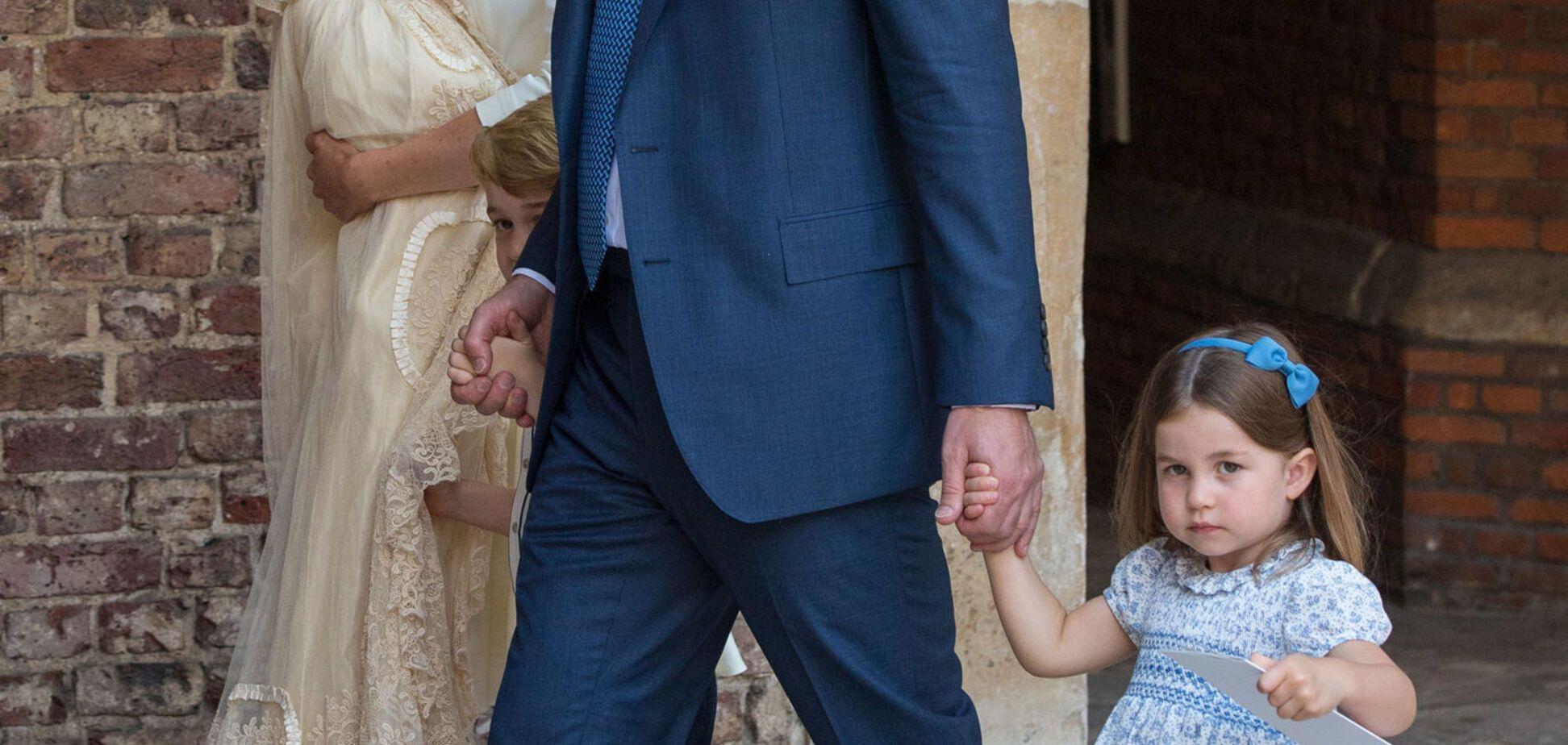 Трехлетняя принцесса Шарлотта поставила на место фотографов