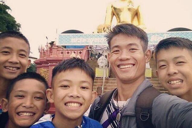 Новый герой буддийского мира: история тайского тренера, спасшего 12 детей