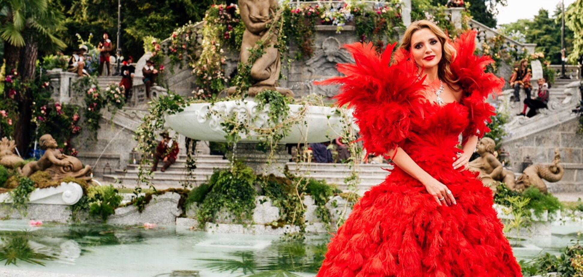 Le Figaro: Шедевр искусства, в котором Оксана Марченко появилась на Dolce & Gabbana Alta Moda 2018, получил 'Большое яблоко' в Нью-Йорке