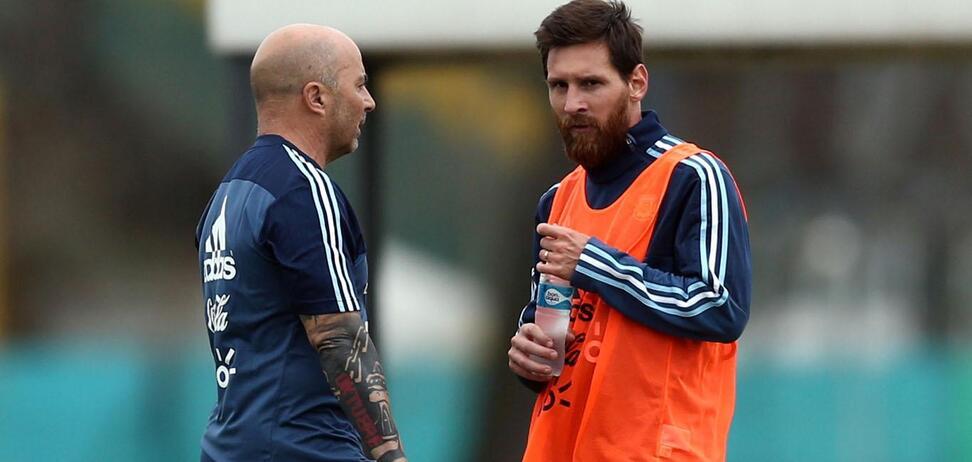 Месси устроил 'тиранию' в сборной Аргентины