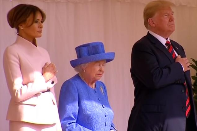 Трамп публично оконфузился перед королевой Великобритании: опубликовано видео
