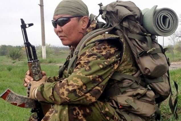Российский наемник рассказал, как РФ поставляет технику на Донбасс
