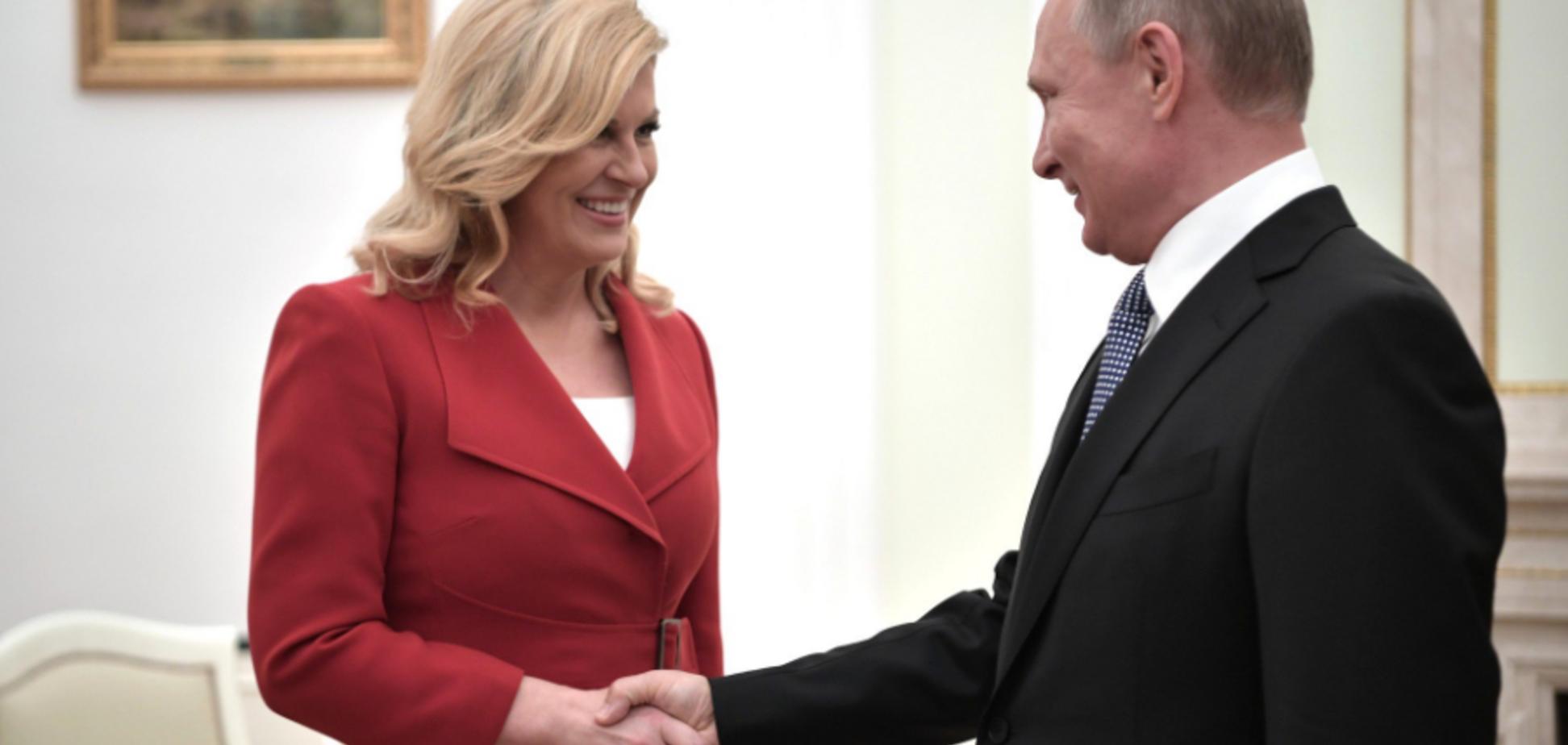 'Знову на табуретку ставав?' У мережі помітили нову аномалію зі зростом Путіна