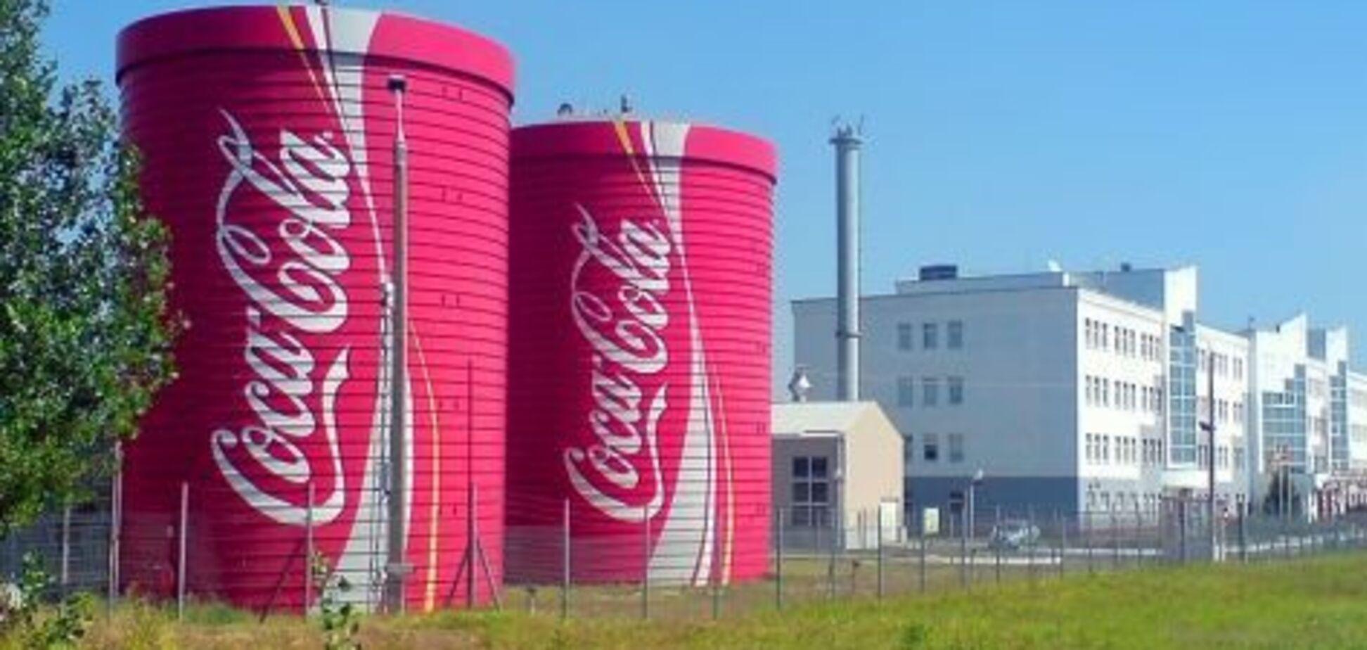 Coca-Cola і Carlsberg вимушені зупинити виробництво в Україні: названа причина