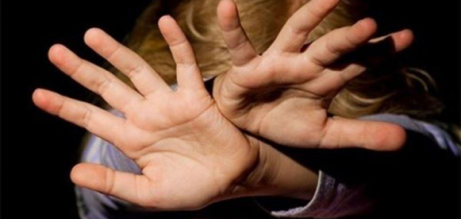 Не хотела есть: на Сумщине отец зверски забил насмерть 4-летнюю дочь