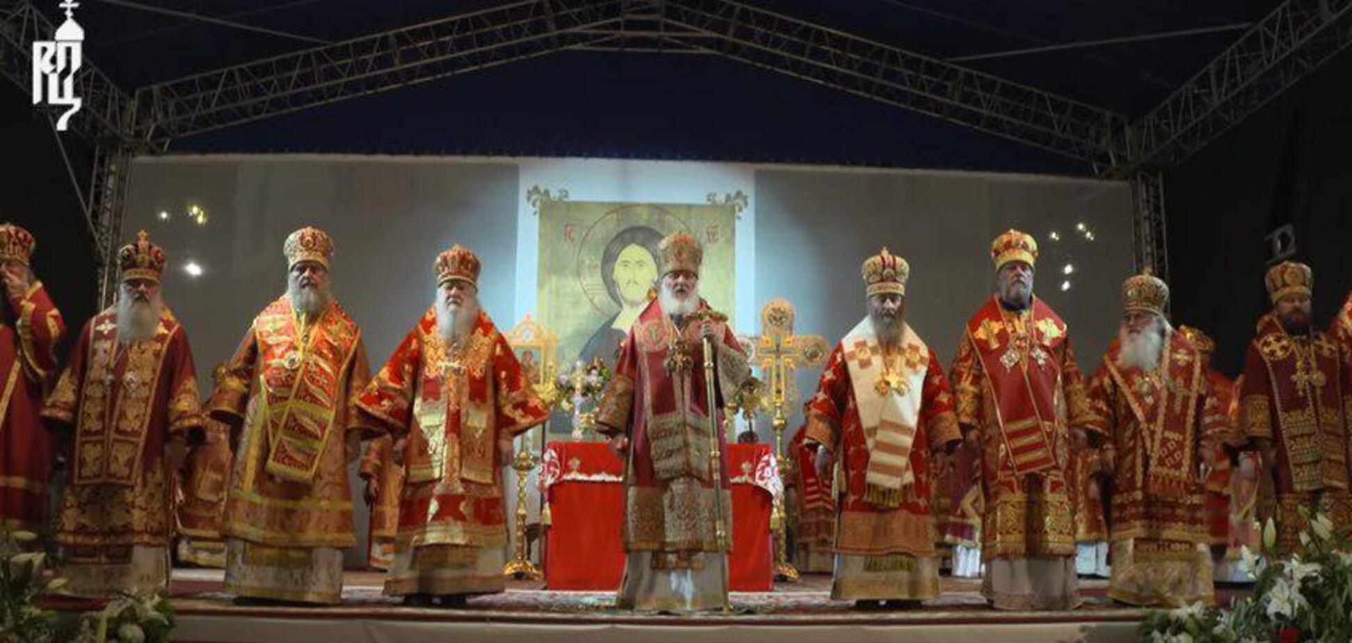 'Проти кращого життя': Онуфрій засвітився на путінській проповіді в РФ