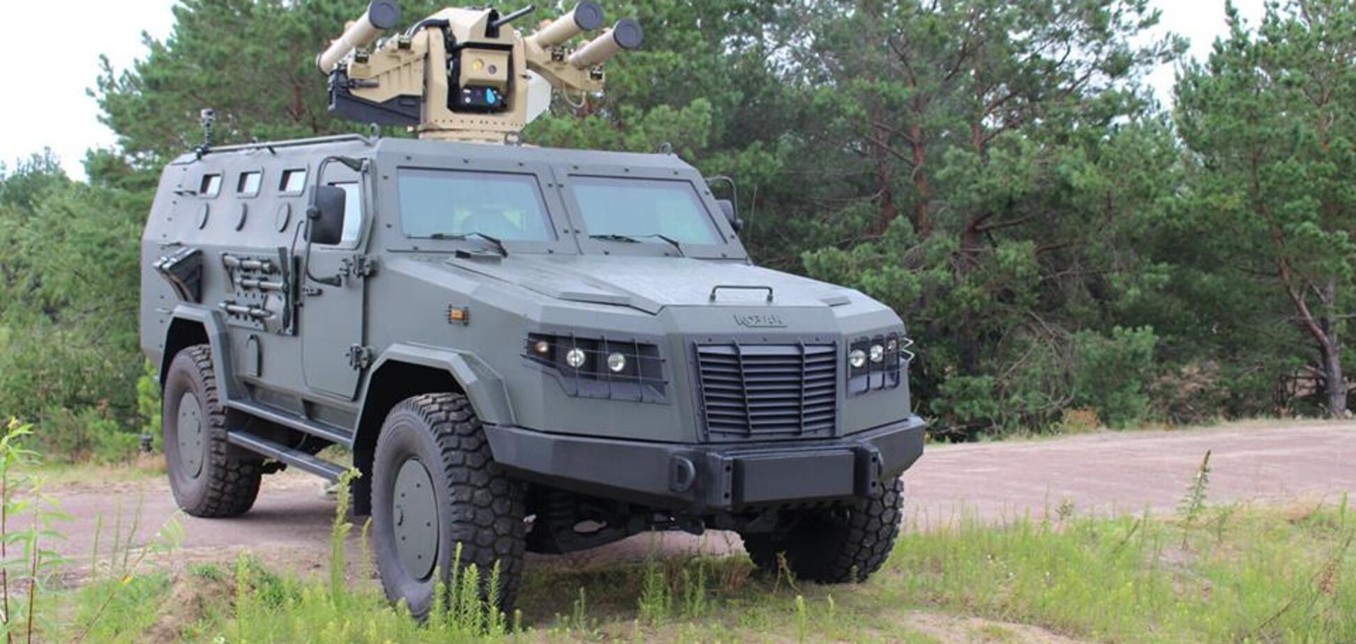 Унікальний броньовик ЗСУ оснастили потужною зброєю: з'явилися фото і відео