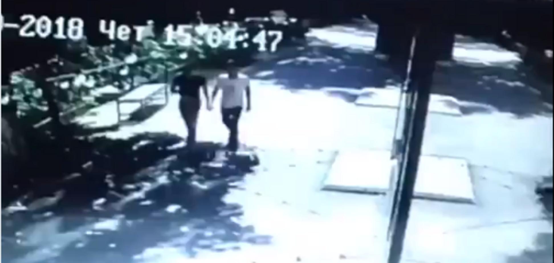 Убийцы знаменитого фигуриста попали на видео