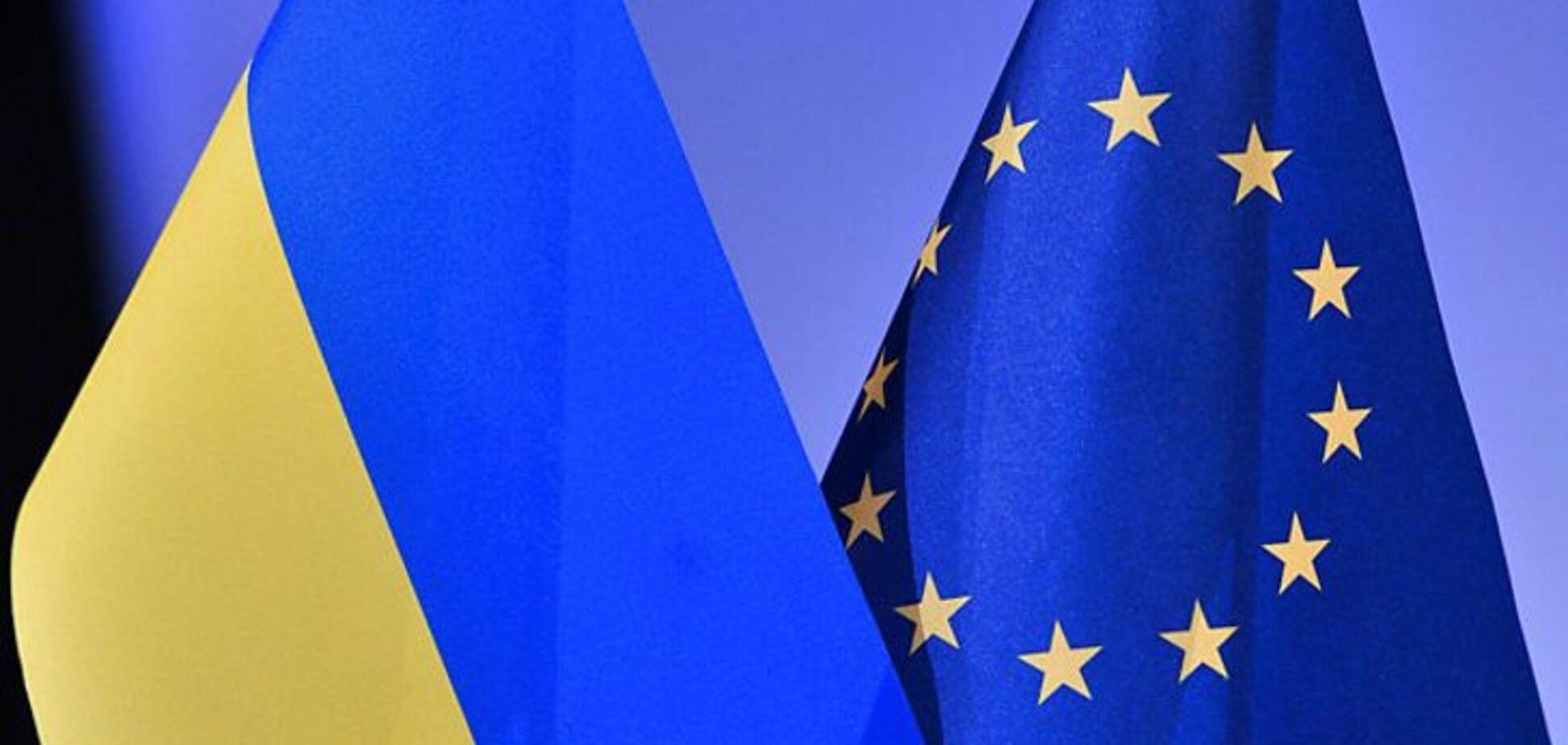 'Делаем все, что можем': в ЕС отреагировали на 'референдум' Путина по Донбассу