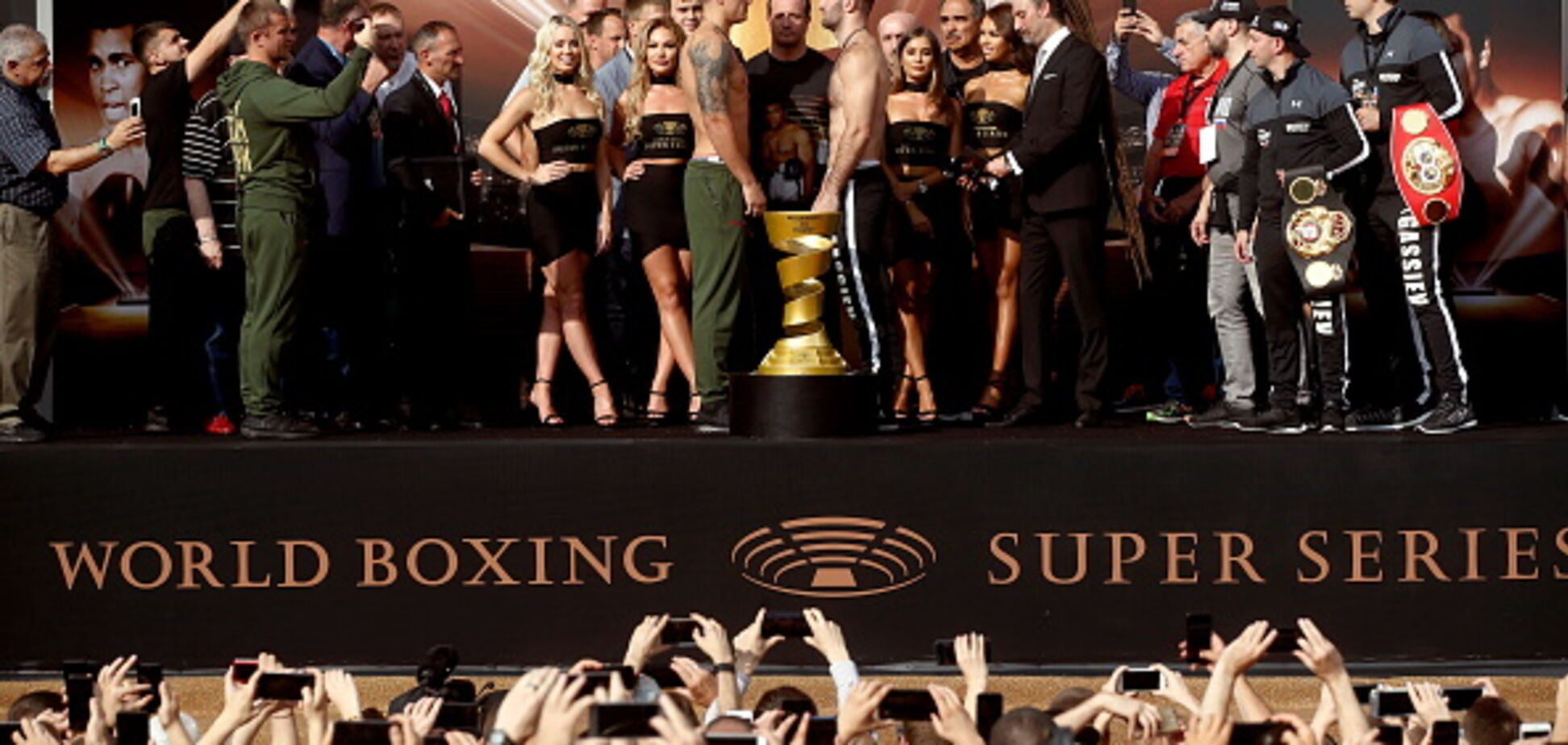 Знаменитий російський боксер розповів, як Усику перемогти Гассієва