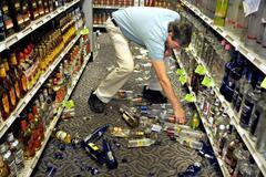 Підлий супермаркет: чи потрібно платити за розбиті пляшки та як обманюють українців