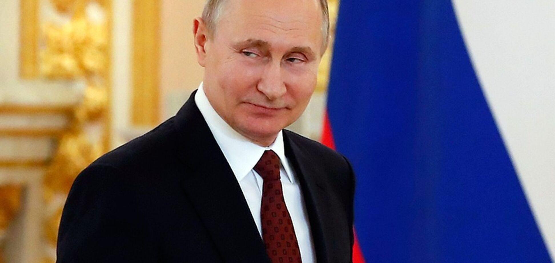 'Один вкрав гусака, інший - Крим': Турчинов порівняв Путіна з легендарним шахраєм