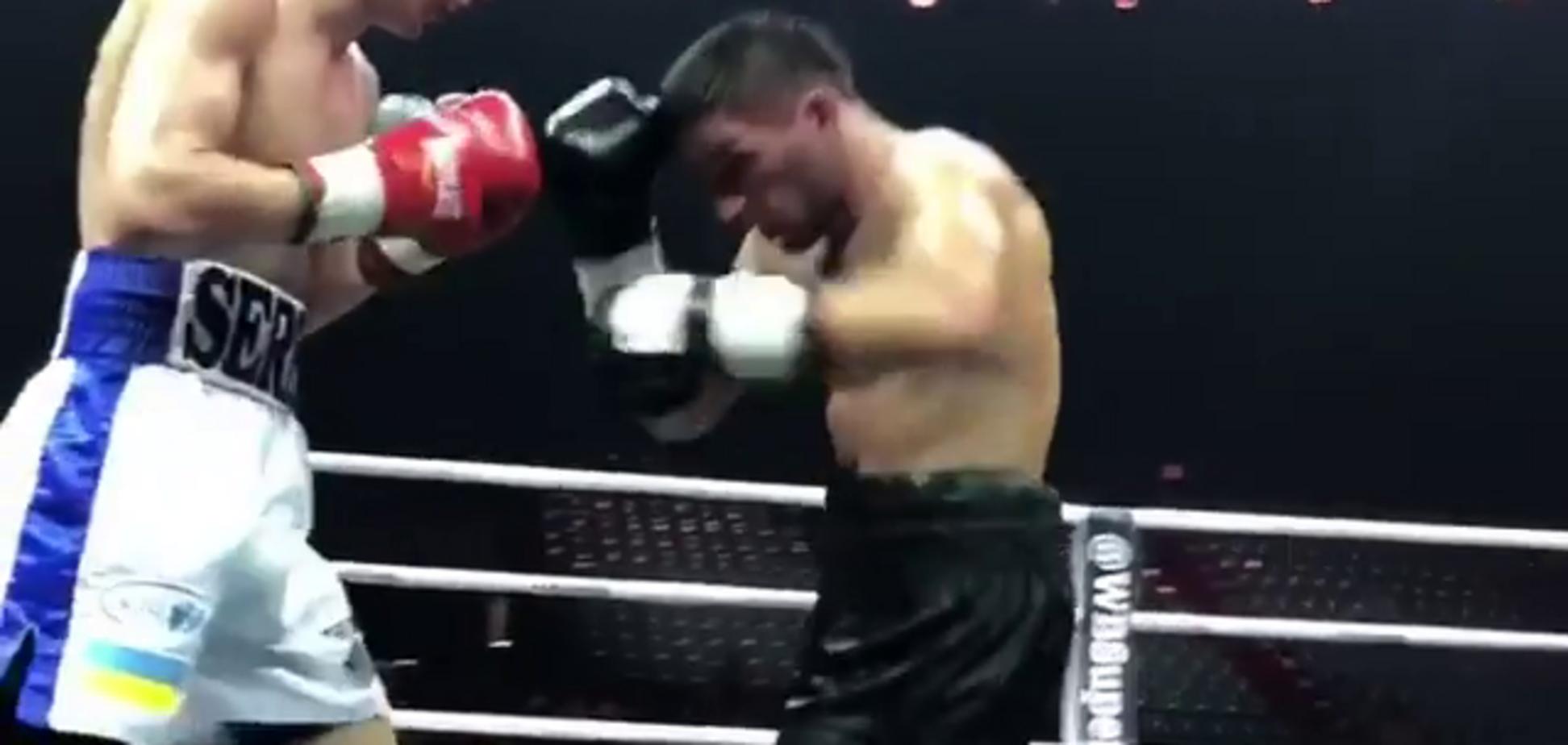 Непобедимый украинский боксер нокаутом выиграл бой в Москве