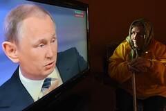 Понеслась коза по ипподрому: для таких россиянок путинская афера будет очень полезной!