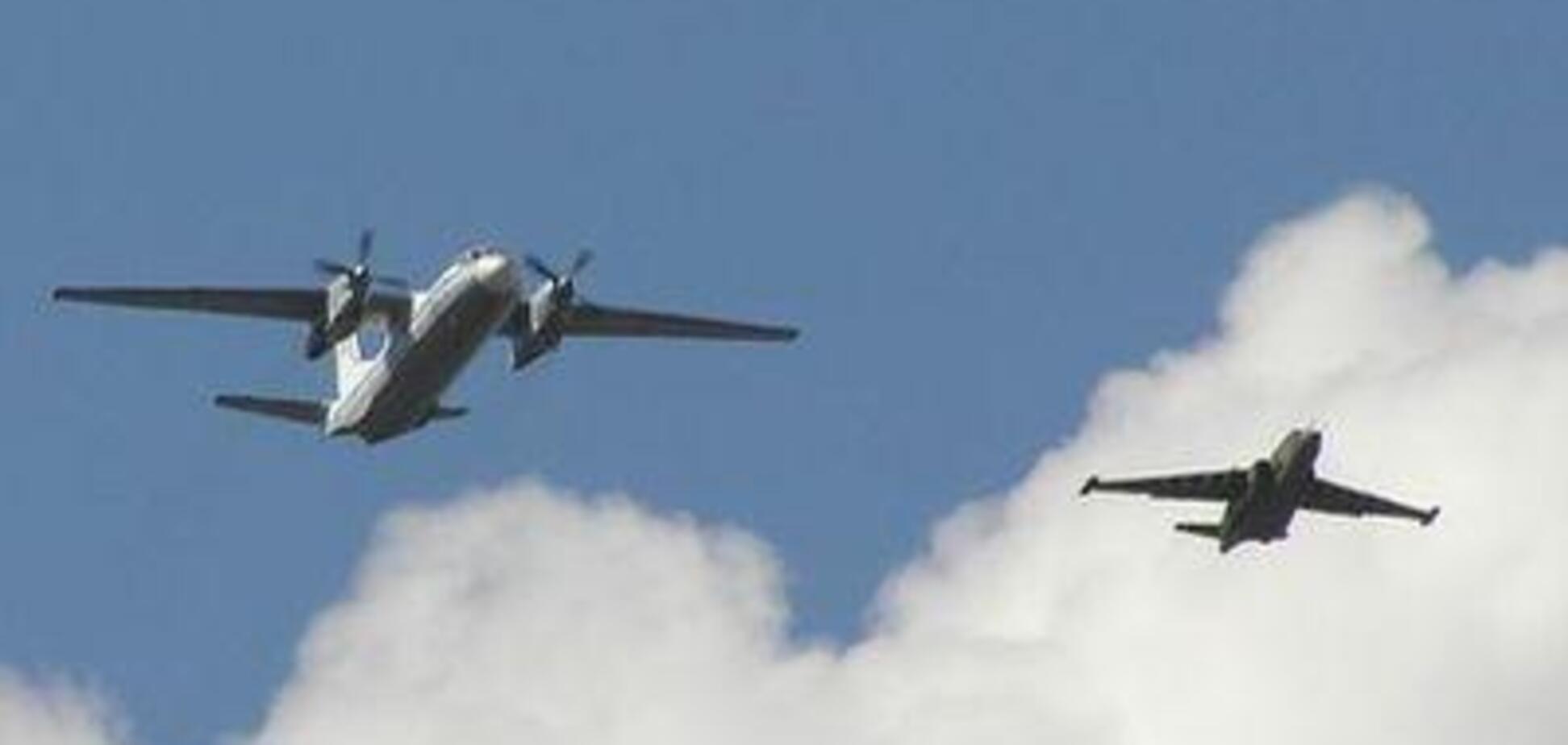 Над Мариуполем заметили военные самолеты