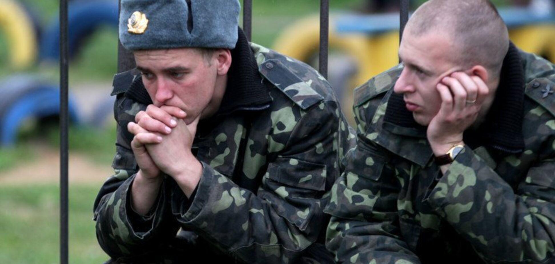 'Вивозили в ліс копати яму і били': у військовій частині на Львівщині катували бійців