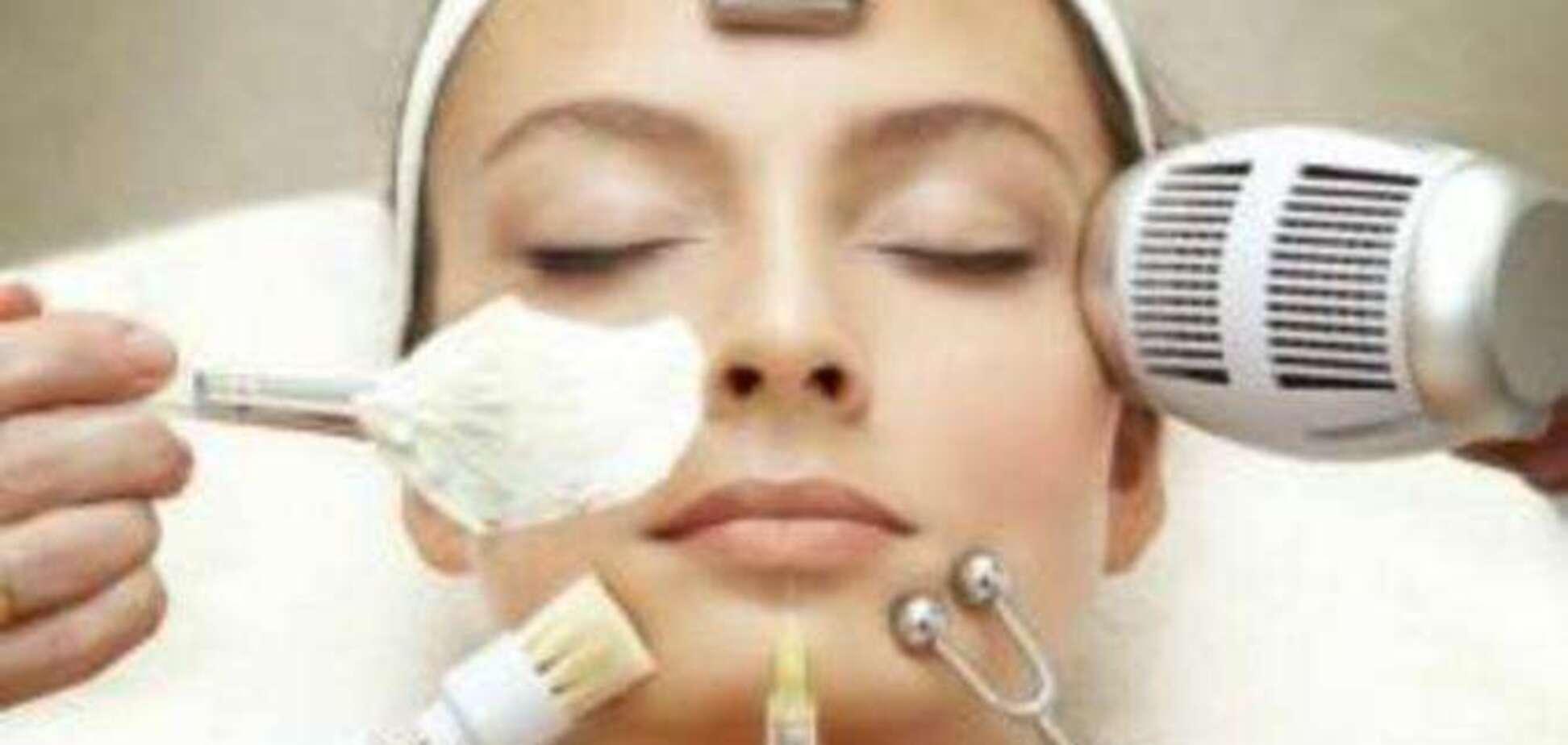 Какие процедуры может выполнять косметик?